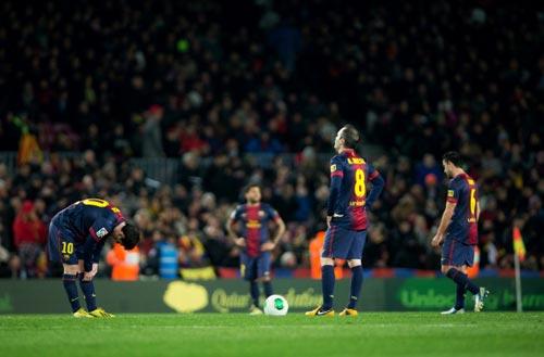 Messi: Anh không phải thánh thần - 2