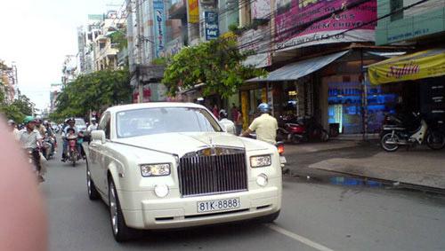 Dàn Rolls-Royce Phantom biển tứ quý tại Việt Nam - 3