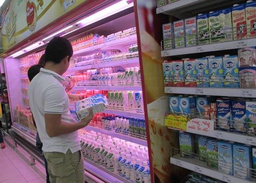 'Điệp khúc' tăng giá sữa lại bắt đầu - 1
