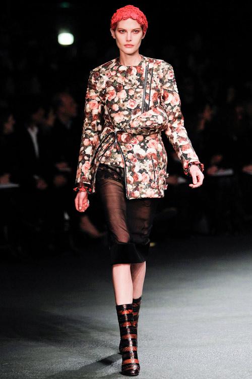 Givenchy sành điệu và đậm chất ăn chơi - 6