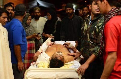 Pakistan: Đánh bom đẫm máu, 45 người chết - 4