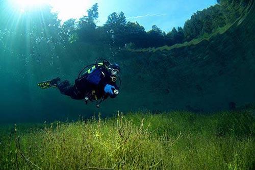 Ngắm 12 biển hồ trong nhất hành tinh - 14