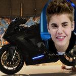 """Ô tô - Xe máy - Justin Bieber """"lại"""" được tặng siêu mô tô"""