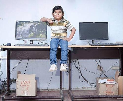Thầy giáo lùn nhất thế giới - 3