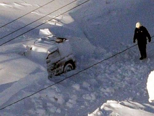 Nhật: Ôm con trong bão tuyết, bố chết cóng - 3
