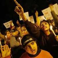 Mỹ trao giải dũng cảm cho cô gái Ấn bị hiếp
