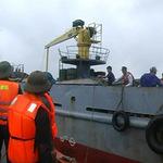 Tin tức trong ngày - Hải quân cứu 31 ngư dân gặp nạn trên biển