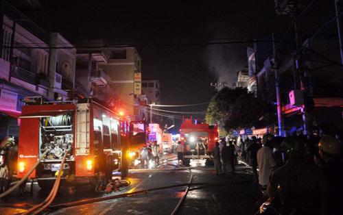 3 người chết cháy trong căn nhà bị khóa trái - 2