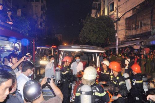 3 người chết cháy trong căn nhà bị khóa trái - 11