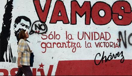 Cuộc đời Tổng thống Hugo Chavez qua ảnh - 11
