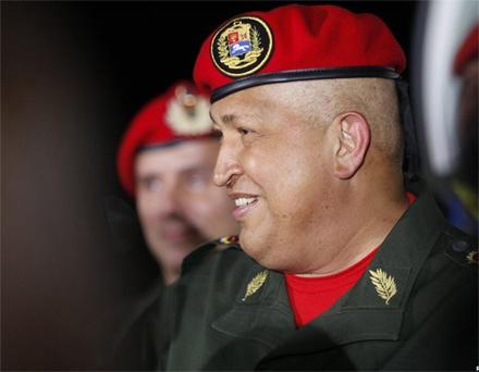 Cuộc đời Tổng thống Hugo Chavez qua ảnh - 12