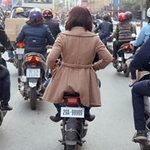 Tin tức trong ngày - Phạt người đi xe đạp điện không đội MBH