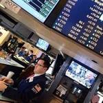 Tin chứng khoán - Dow Jones thẳng tiến lên ngưỡng kỷ lục mới
