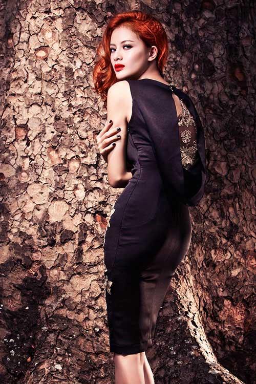 Mẫu váy tôn vinh cơ thể phụ nữ - 3
