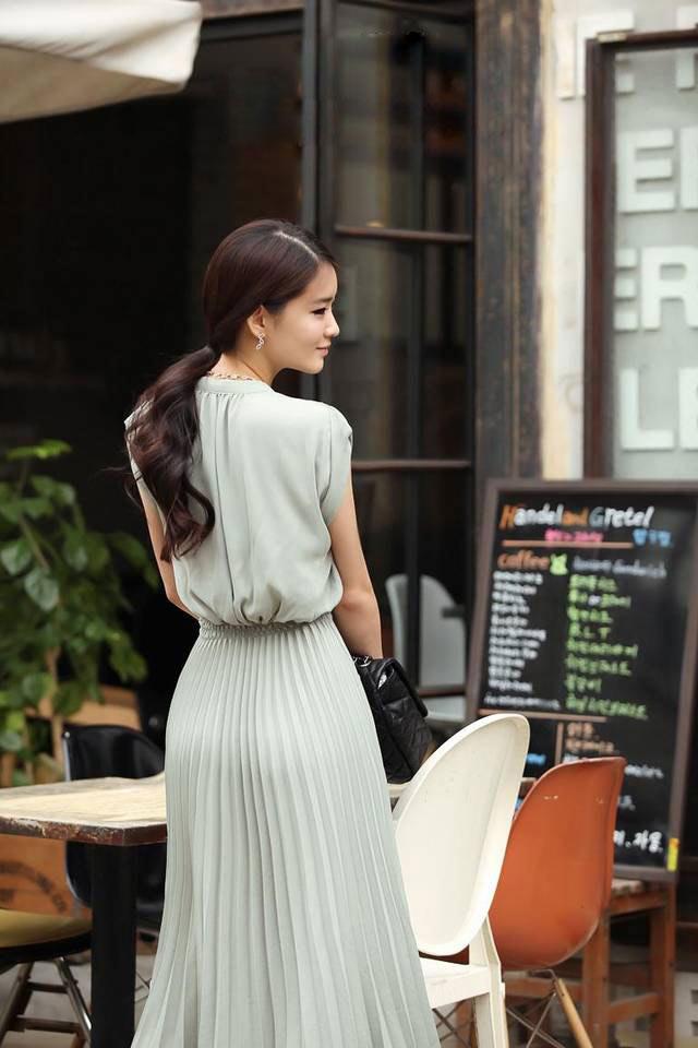 Chọn váy cho nữ công sở vòng 3 quá khổ - 5