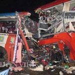 Tin tức trong ngày - Tai nạn kinh hoàng, 11 người chết thảm