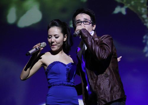 Thanh Hằng giản dị mừng Phương Linh - 10