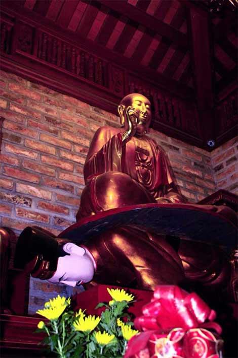 """Những pho tượng """"độc, dị"""" nhất Việt Nam - 3"""
