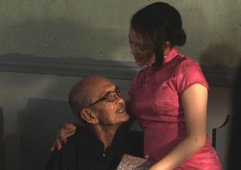 khan gia khong hai long ve canh dieu vang 2012 - 1