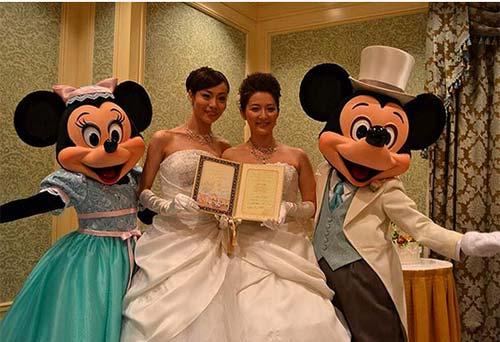 Xôn xao đám cưới hai cô gái Nhật Bản - 2