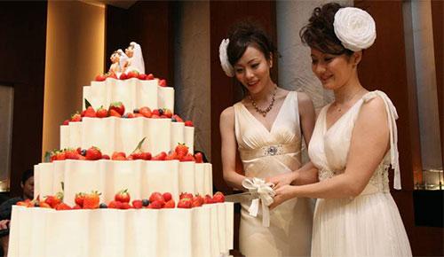 Xôn xao đám cưới hai cô gái Nhật Bản - 4