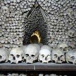 Du lịch - 'Lạnh gáy' thăm nhà thờ làm từ xương người