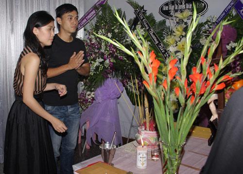 Cẩm Lynh nghẹn ngào tiễn đạo diễn bạc mệnh - 10