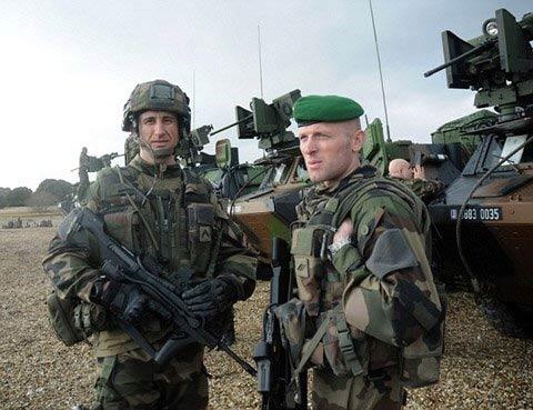 Quân Pháp đổ bộ đất Anh sau hơn 200 năm - 6