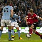Bóng đá - Man City - Barnsley: Ngôi sao Tevez