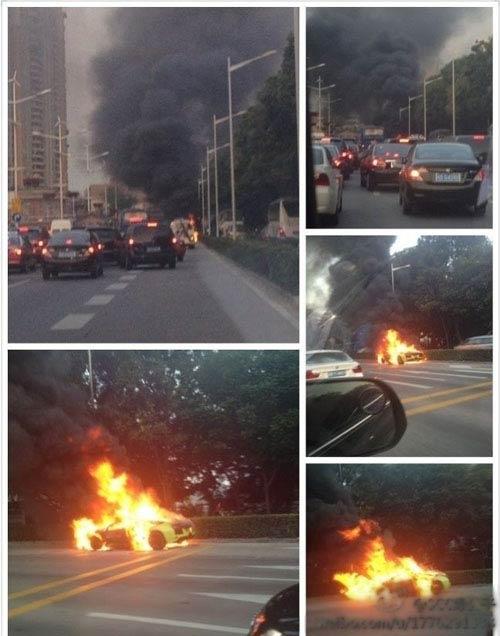 Lamborghini Murcielago cháy dữ dội trên phố - 3