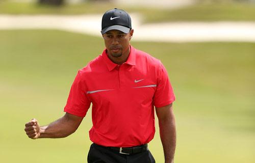 Tiger Woods giành danh hiệu PGA Tour thứ 76 - 1