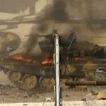 Syria: Xe tăng quân đội cháy dữ dội
