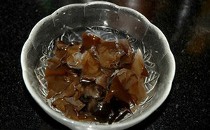 Ngọt bùi canh thịt nạc nấu củ ấu - 2