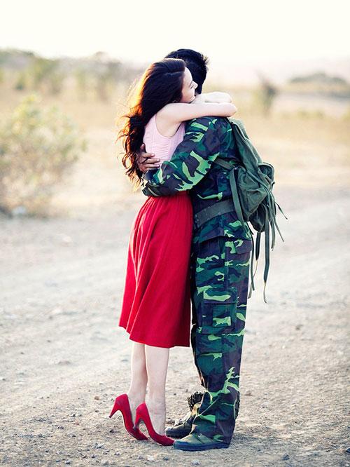"""Ngân Khánh """"phải lòng"""" trai có vợ trong MV mới - 15"""