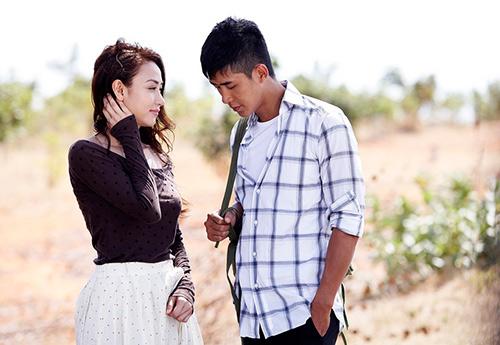 """Ngân Khánh """"phải lòng"""" trai có vợ trong MV mới - 2"""