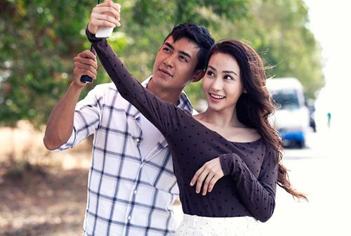 """Ngân Khánh """"phải lòng"""" trai có vợ trong MV mới - 5"""