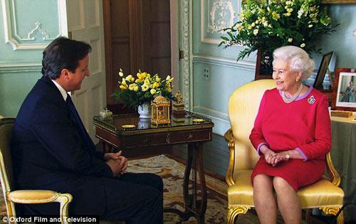 Ngắm phòng khách của Nữ hoàng Anh - 7