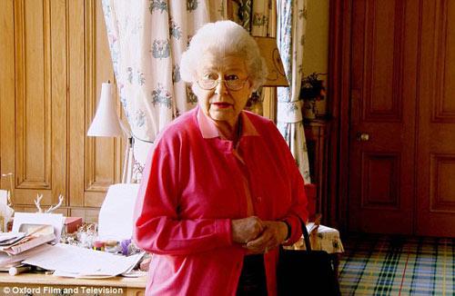 Ngắm phòng khách của Nữ hoàng Anh - 8