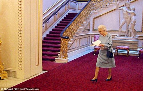 Ngắm phòng khách của Nữ hoàng Anh - 14