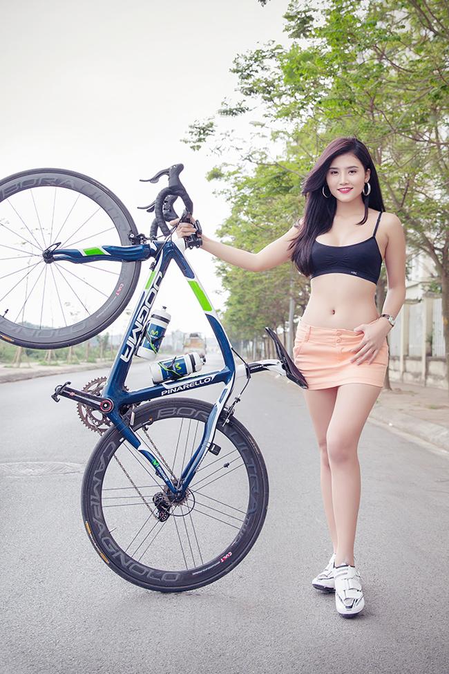 Những hot girl có gương mặt ngây thơ Hot girl Việt làm cô dâu quyến rũ Andrea làm cô dâu... bán nude 'Búp bê Việt' trong trẻo sớm ban mai