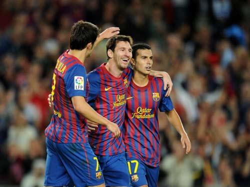 Barca: Họng pháo nào để phá boong ke? - 2