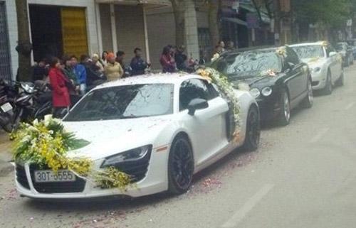 Audi R8 biển tứ quý rước dâu ở Thái Bình - 1