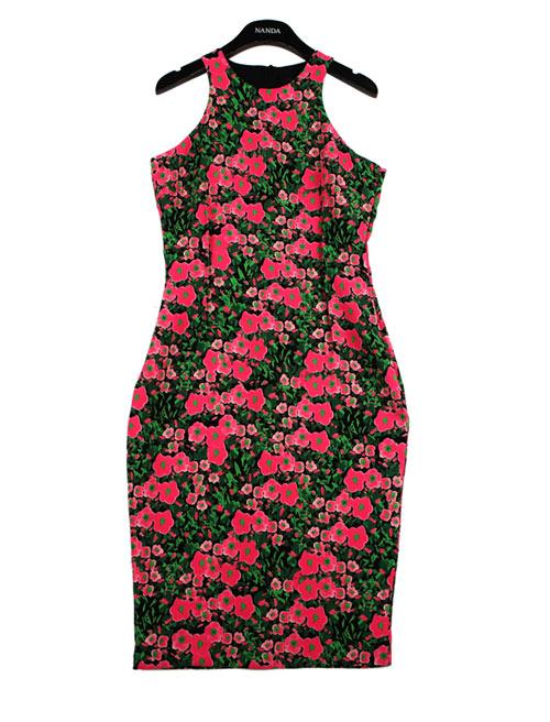Rực rỡ váy hoa trong nắng - 16