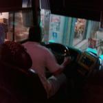 Quan tài bay đêm : Gửi mạng cho tài xế