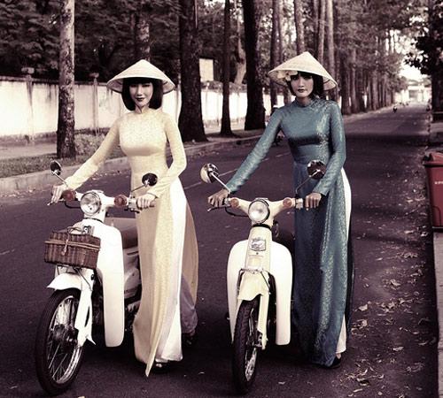 Mẫu Việt hóa phụ nữ Sài Gòn xưa - 17