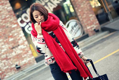 Cô gái quàng khăn đỏ - 1