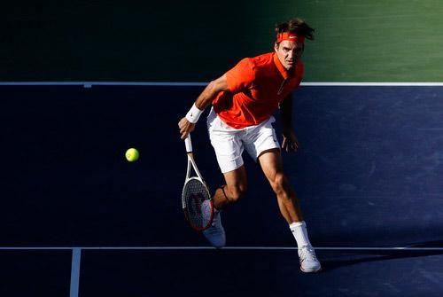 Cú đánh đầy ngẫu hứng của Federer - 1