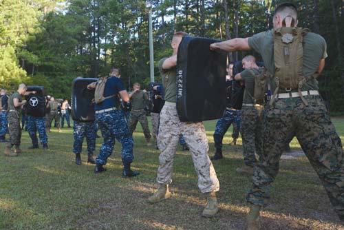KP võ thuật: Thủy quân lục chiến & kỹ năng chết chóc - 1