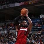 Thể thao - NBA: L.James bắt nạt tân binh