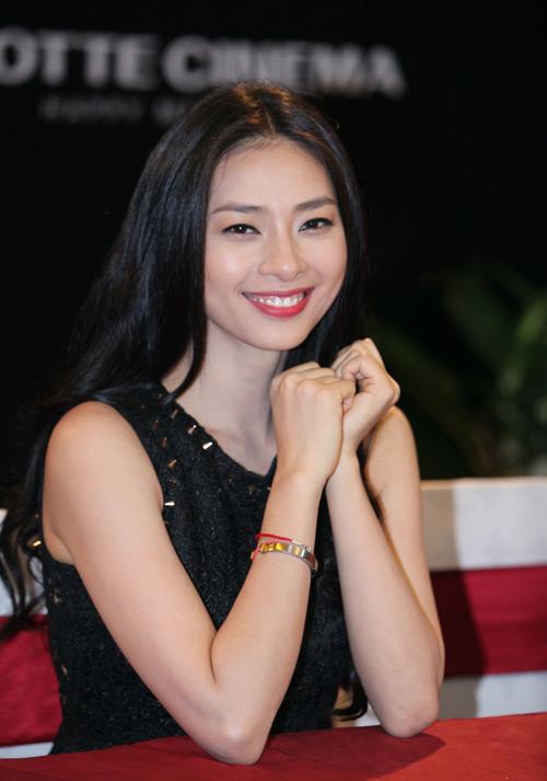 Ngô Thanh Vân rạng rỡ ở Hà Nội - 6